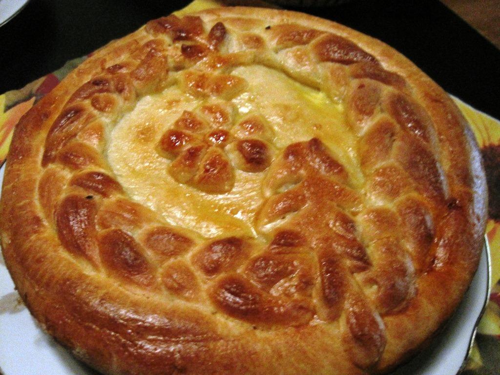 пирог с капустой из дрожжевого теста в духовке